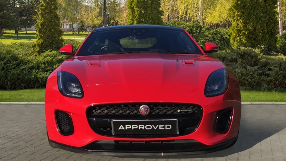 Jaguar F-TYPE 3.0 [380] Supercharged V6 R-Dynamic AWD with Panoramic Roof and 20 inch alloys image 7