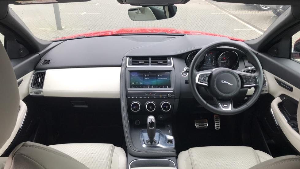 Jaguar E-PACE 2.0d [180] R-Dynamic SE with Rear camera, Meridian Sound System image 9