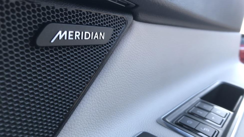 Jaguar XF 3.0d V6 S image 14