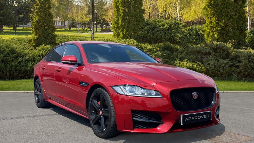 Jaguar XF 2.0d [180] R-Sport 8 inch touchscreen display and Rear View Camera 1999.0 Diesel Automatic 4 door Saloon