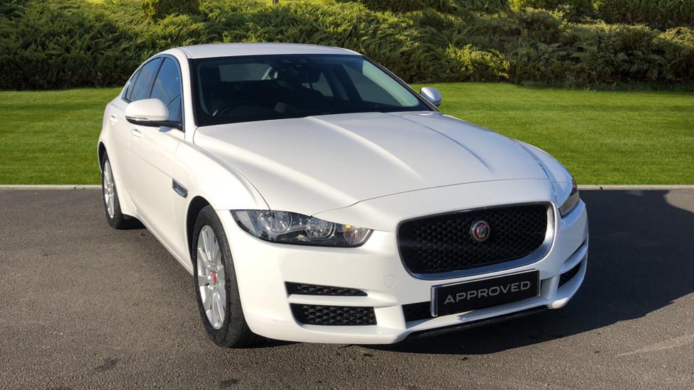 Jaguar XE 2.0 Ingenium SE Automatic 4 door Saloon (2017)