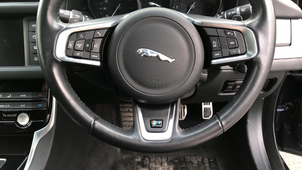 Jaguar XF 2.0d [180] R-Sport image 23