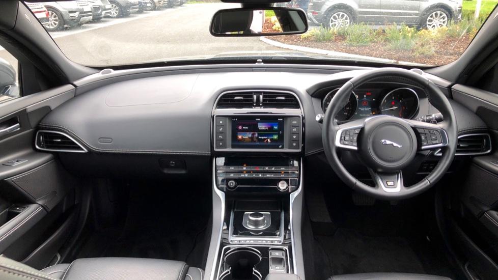Jaguar XE 2.0d [180] R-Sport image 9