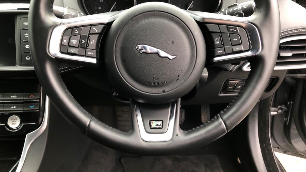 Jaguar XE 2.0d [180] R-Sport image 22