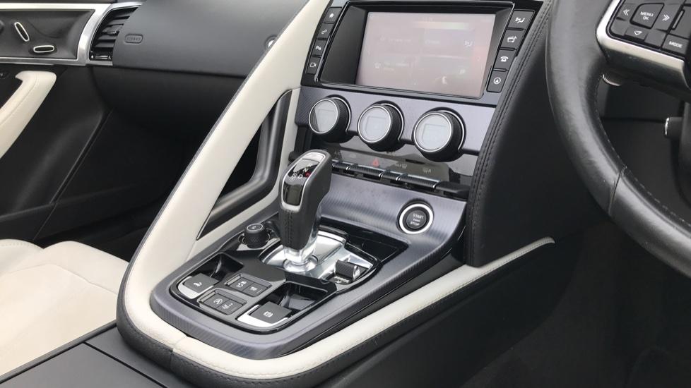 Jaguar F-TYPE 3.0 [380] Supercharged V6 R-Dynamic 2dr image 17