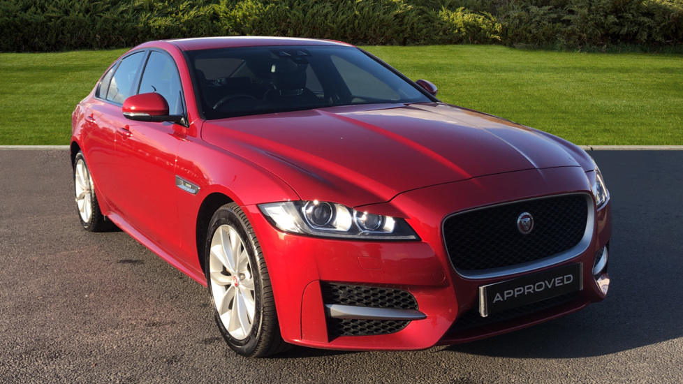 Jaguar XF 2.0d [180] R-Sport 4dr Diesel Saloon (2016) at Jaguar Swindon thumbnail image