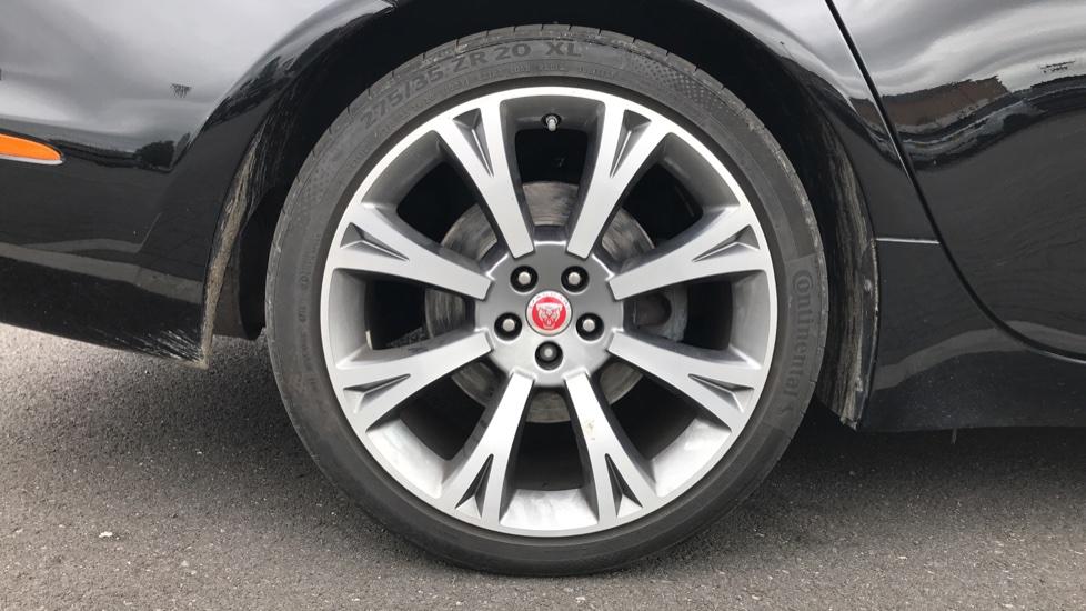Jaguar XJ 3.0d V6 Portfolio image 8