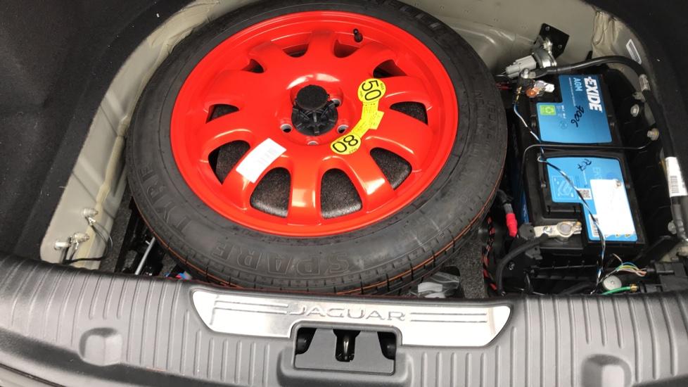 Jaguar XJ 3.0d V6 Portfolio image 20