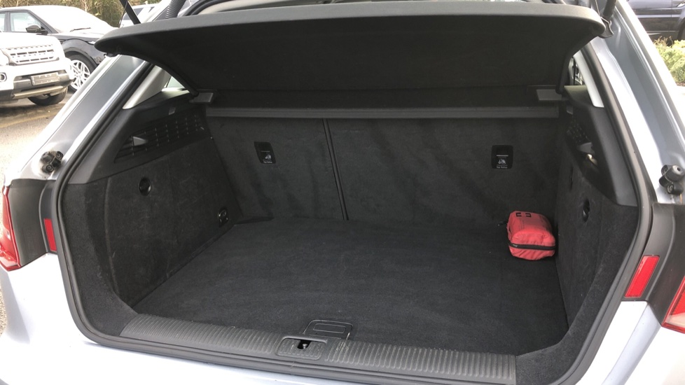 Audi A3 2.0 TDI Sport 5dr, Digital Radio, USB, Bluetooth & IPod Connectivity, 5 Star NCAP Safety image 12