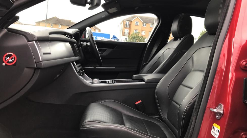 Jaguar XF 2.0d [180] R-Sport sliding Pan roof and 360 degree parking aid image 3