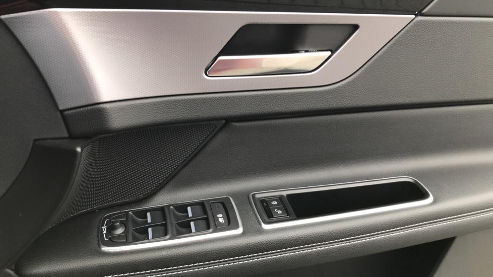 Jaguar XF 2.0d [180] R-Sport sliding Pan roof and 360 degree parking aid image 13