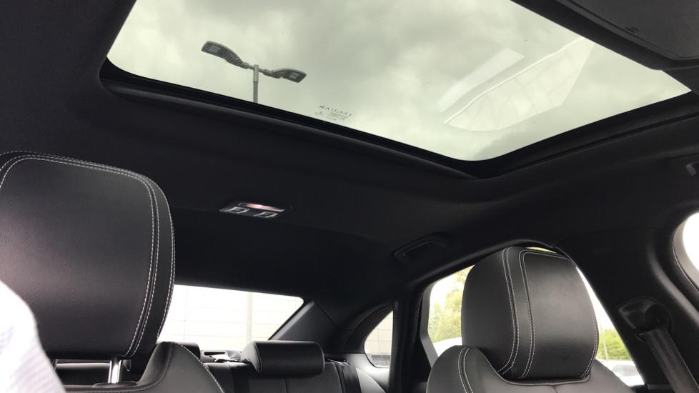 Jaguar XF 2.0d [180] R-Sport sliding Pan roof and 360 degree parking aid image 18