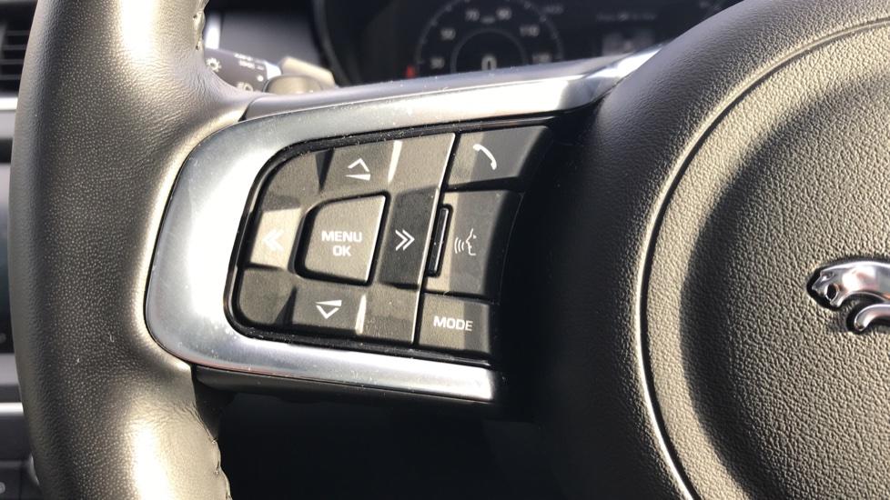 Jaguar E-PACE 2.0d [180] R-Dynamic HSE 5dr image 28