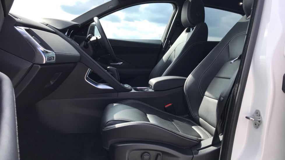 Jaguar E-PACE 2.0d [180] R-Dynamic SE 5dr image 3