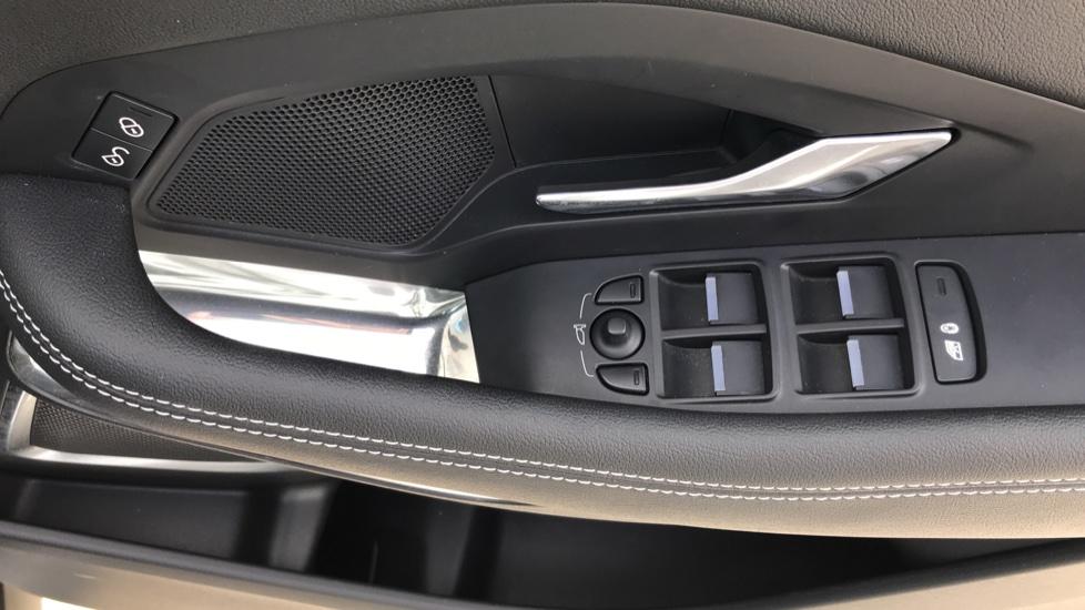 Jaguar E-PACE 2.0d [180] R-Dynamic SE 5dr image 15
