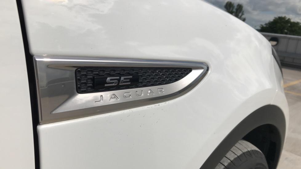 Jaguar E-PACE 2.0d [180] R-Dynamic SE 5dr image 22
