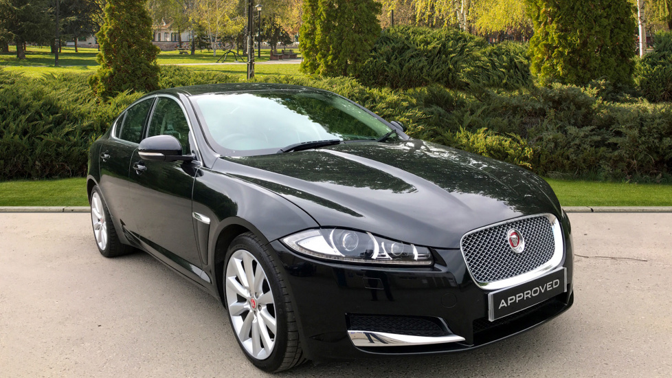 Jaguar XF 2.2d [200] Portfolio Diesel Automatic 4 door Saloon (2015) at Jaguar Swindon thumbnail image