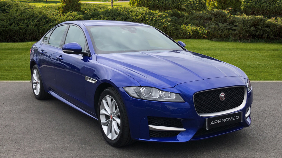 Jaguar XF 2.0d [180] R-Sport Diesel Automatic 4 door Saloon (2019) at Jaguar Swindon thumbnail image