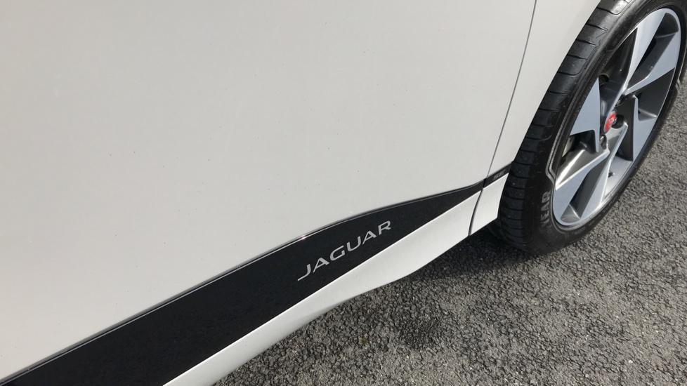 Jaguar I-PACE 294kW EV400 SE 90kWh image 13