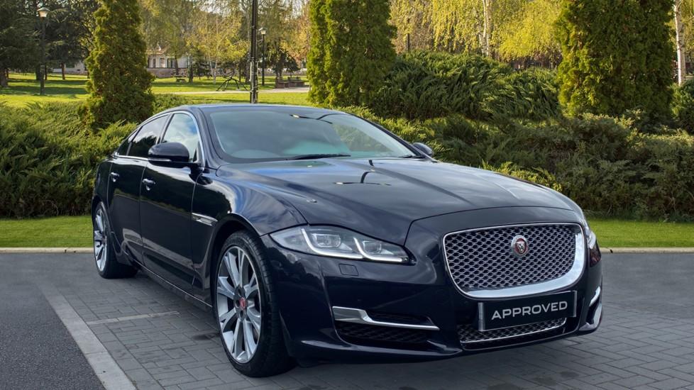 Jaguar XJ 3.0d V6 Portfolio [LWB] Veneer-Ebony Macassar, Oyster carpet, Convex mirror glass Diesel Automatic 4 door Saloon