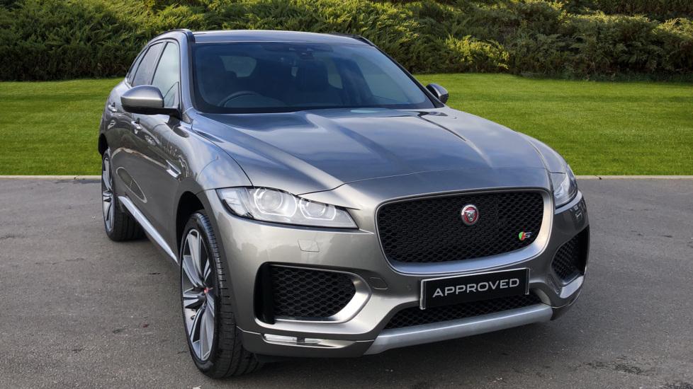 Jaguar F-PACE 3.0d V6 S 5dr AWD Diesel Automatic Estate (2019) image