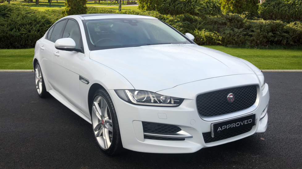 Jaguar XE 2.0 R-Sport Automatic 4 door Saloon (2016)