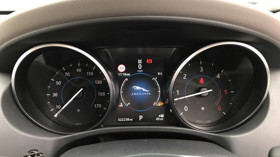 Jaguar XE 2.0d [180] Prestige image 10