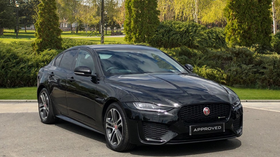 Jaguar XE 2.0d R-Dynamic SE Diesel Automatic 4 door Saloon (2020)