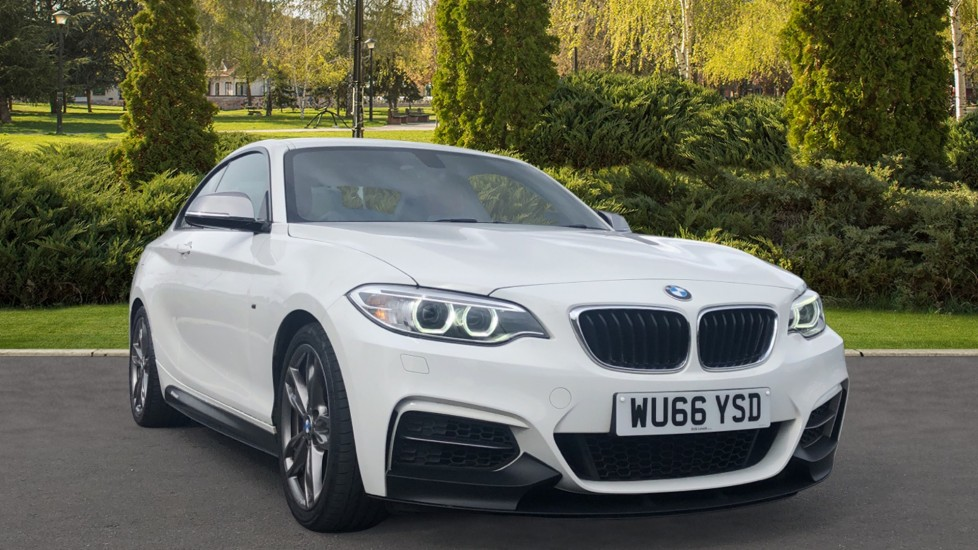 BMW 2 Series M240i 2dr [Nav] Step 3.0 Automatic Coupe (2016)