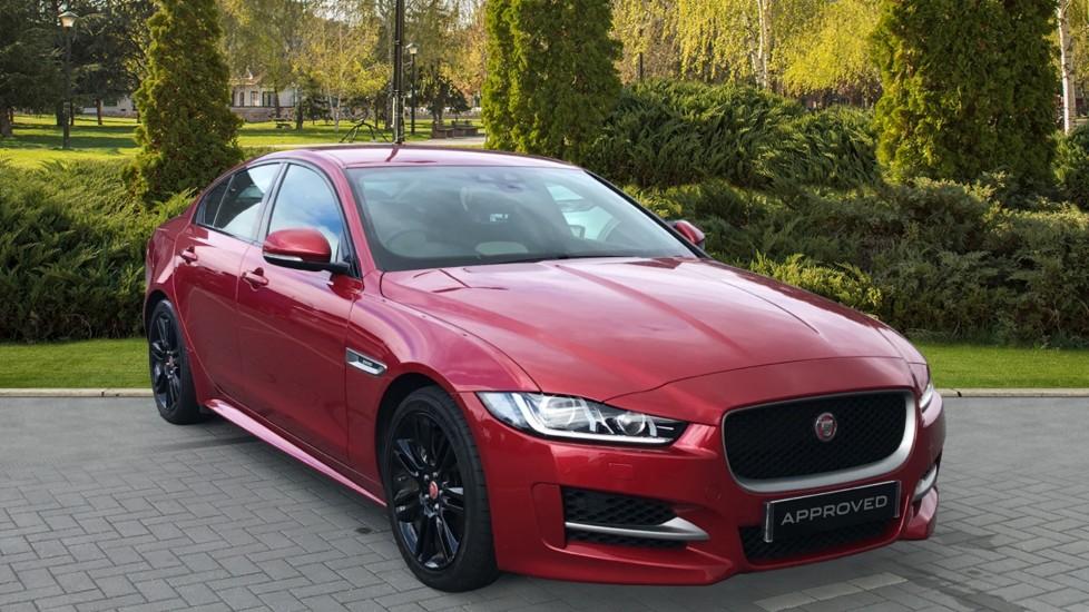 Jaguar XE 2.0 Ingenium R-Sport Head Up Display, Heated front seats Automatic 4 door Saloon