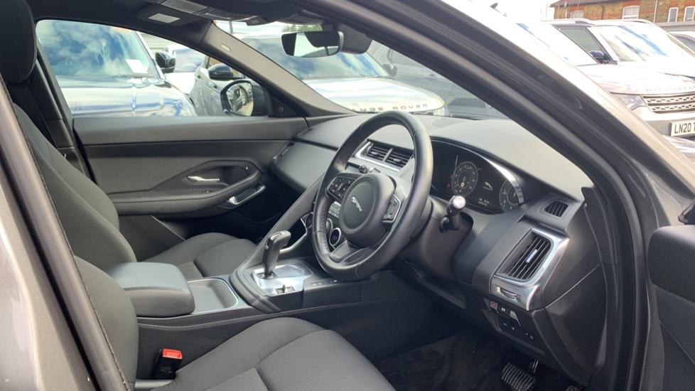 Jaguar E-PACE 2.0d 5dr image 11