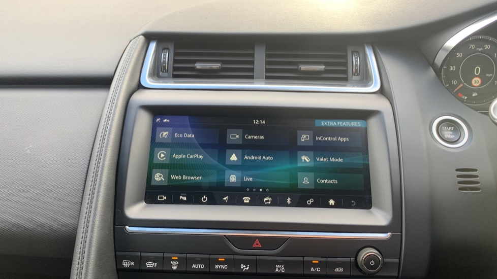 Jaguar E-PACE 2.0d 5dr image 17