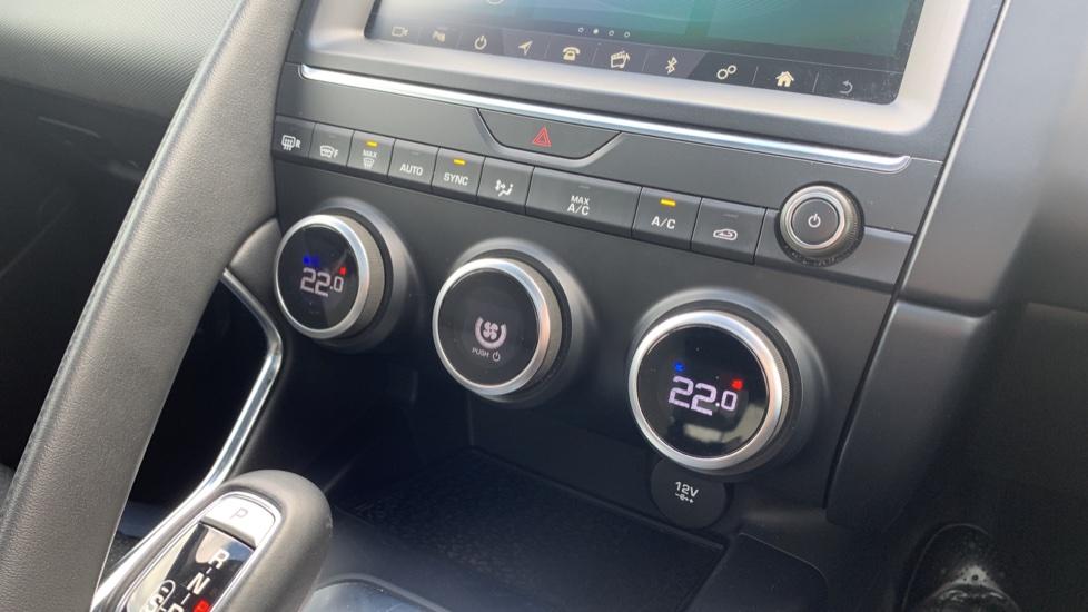 Jaguar E-PACE 2.0d 5dr image 19