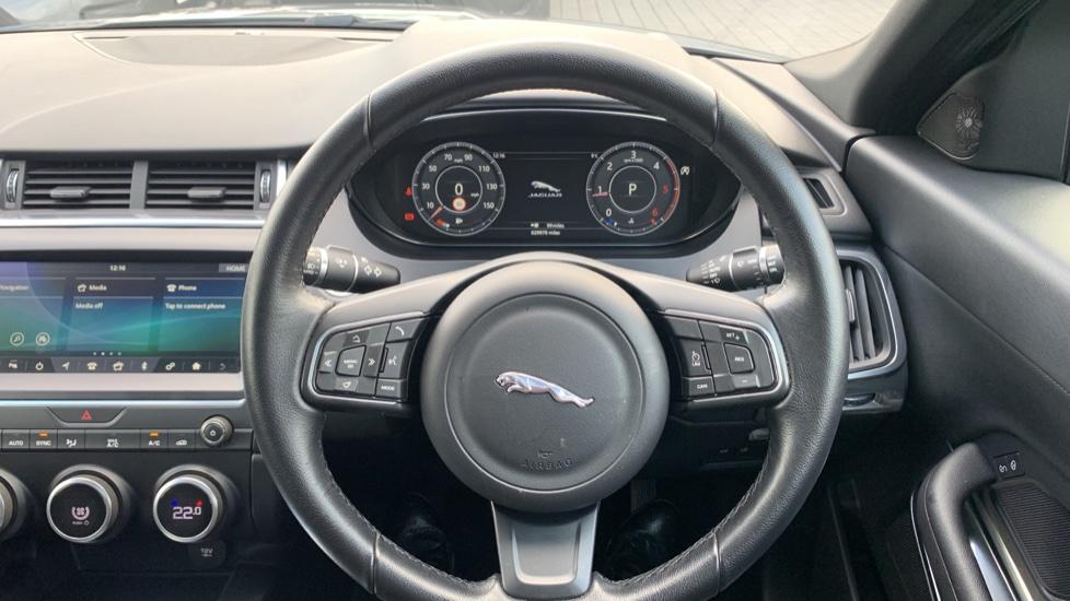 Jaguar E-PACE 2.0d 5dr image 33