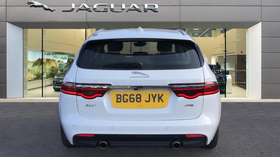 Jaguar XF Sportbrake 2.0i Portfolio 5dr image 6
