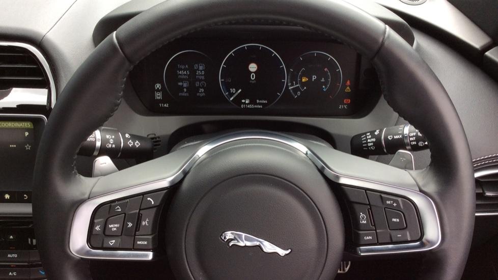 Jaguar F-PACE 3.0 Supercharged V6 S 5dr AWD image 10