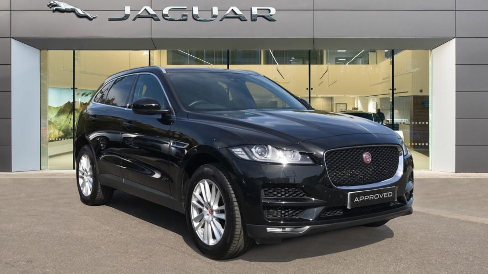Jaguar F-PACE 2.0 Portfolio 5dr Auto AWD  Automatic 4x4 (2019) image