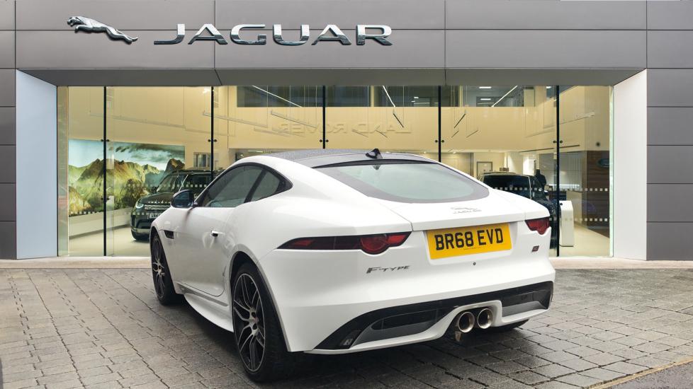 Jaguar F-TYPE 3.0 Supercharged V6 2dr Auto image 2
