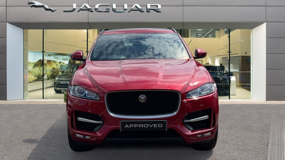 Jaguar F-PACE 2.0d R-Sport 5dr AWD Sliding Panoramic Roof and Advanced Parking Pack image 7