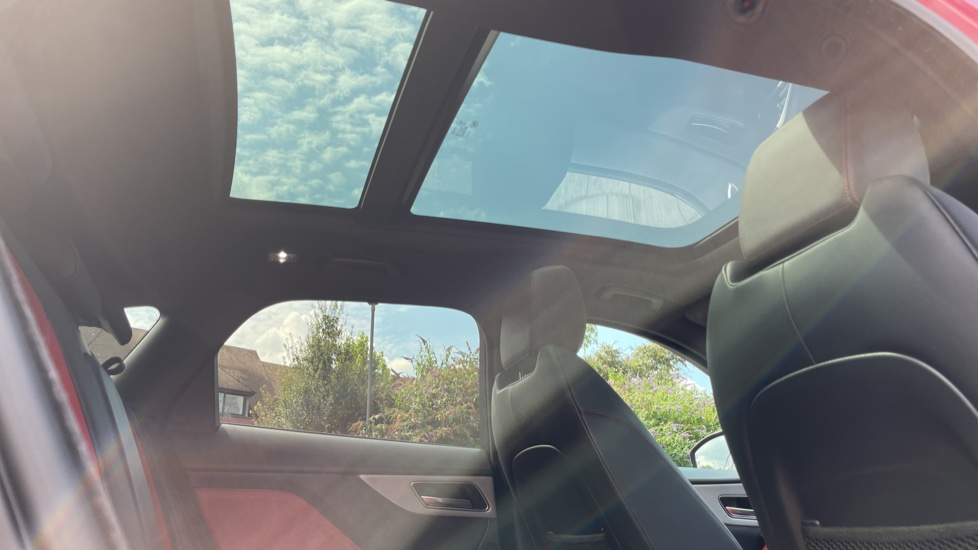 Jaguar F-PACE 2.0d R-Sport 5dr AWD Sliding Panoramic Roof and Advanced Parking Pack image 22
