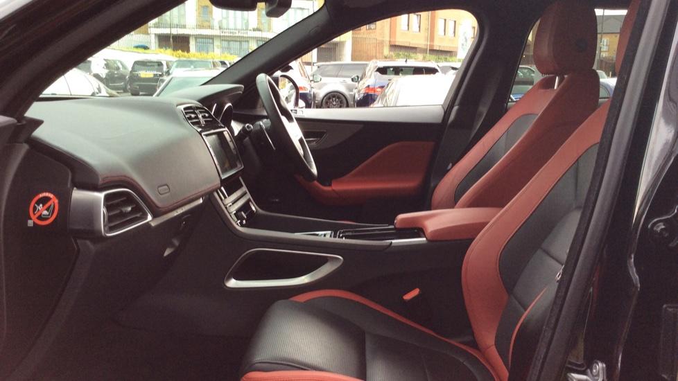 Jaguar F-PACE 3.0 Supercharged V6 S 5dr AWD image 3