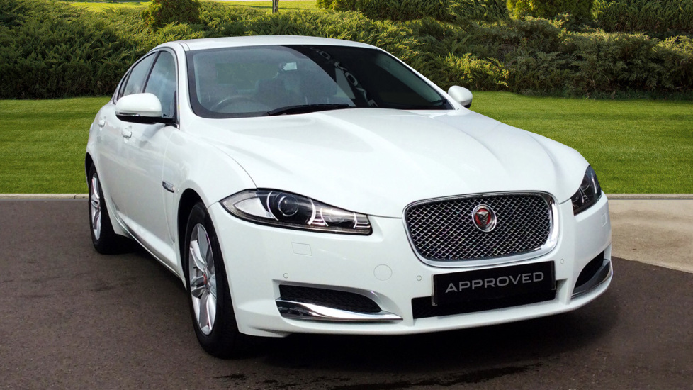 Jaguar XF 2.2d [163] Luxury Diesel Automatic 4 door Saloon (2015) image