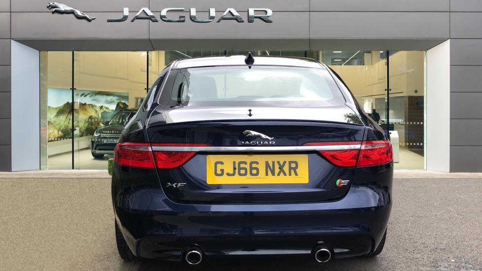 Jaguar XF 3.0d V6 S image 6