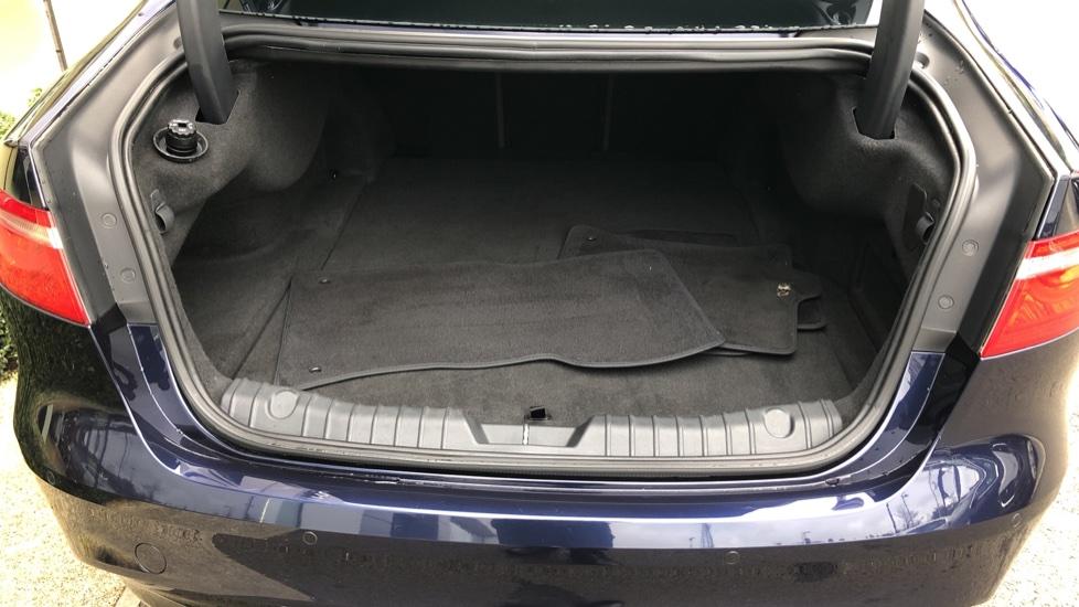 Jaguar XF 3.0d V6 S image 34