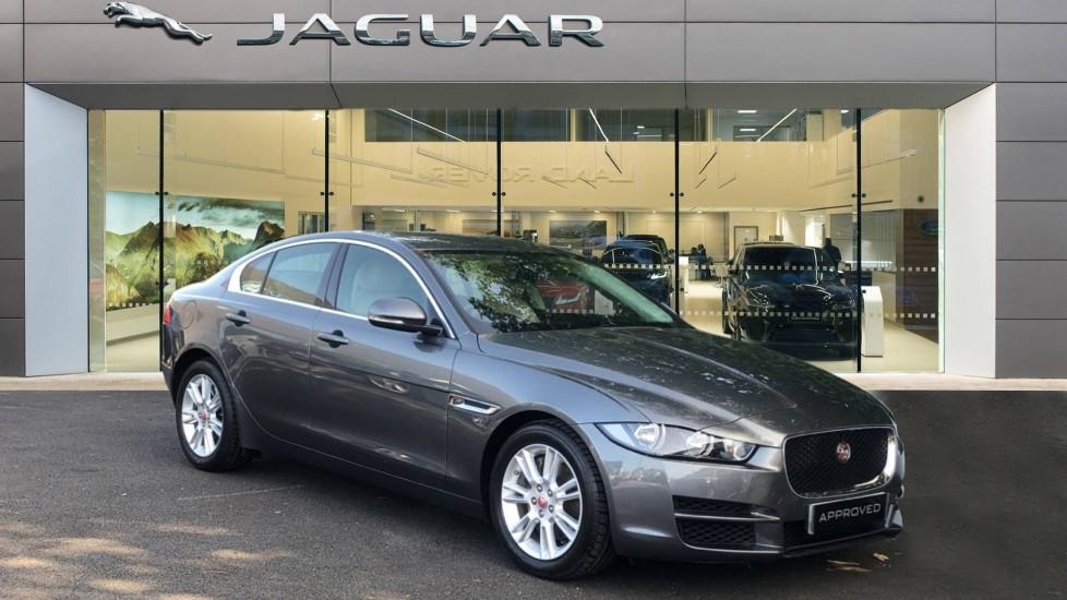Jaguar XE 2.0 Ingenium Prestige Automatic 4 door Saloon (2017)