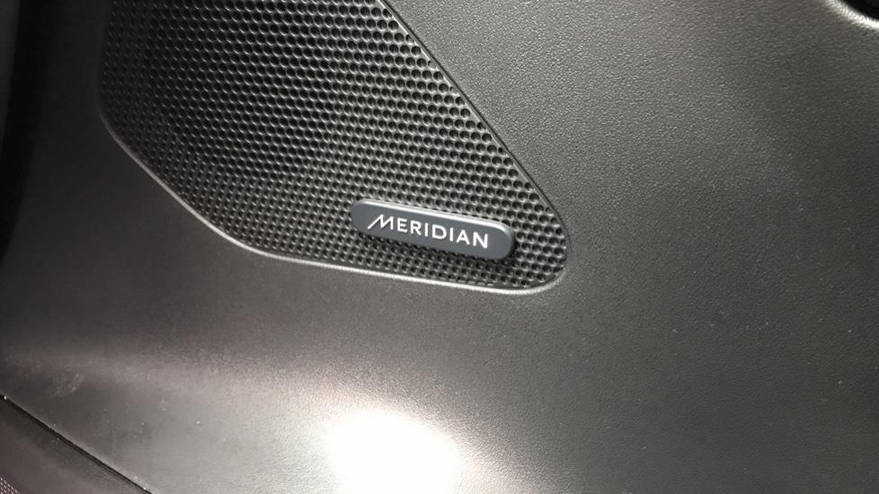 Jaguar F-PACE 2.0 R-Sport 5dr AWD image 23