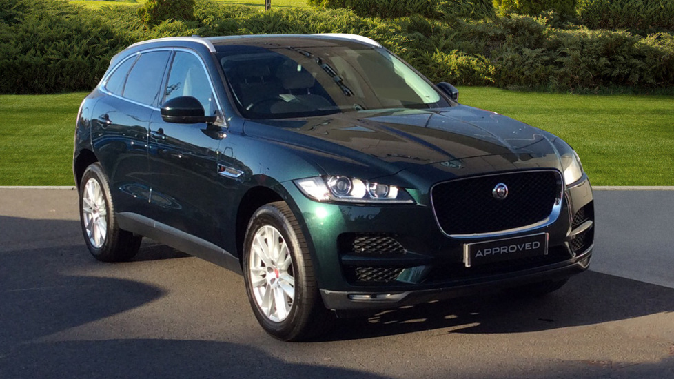 Jaguar F-PACE 2.0d Portfolio 5dr AWD - Sliding Panoramic Roof - Rear Camera - Privacy Glass -  Diesel Automatic Estate (2017) image