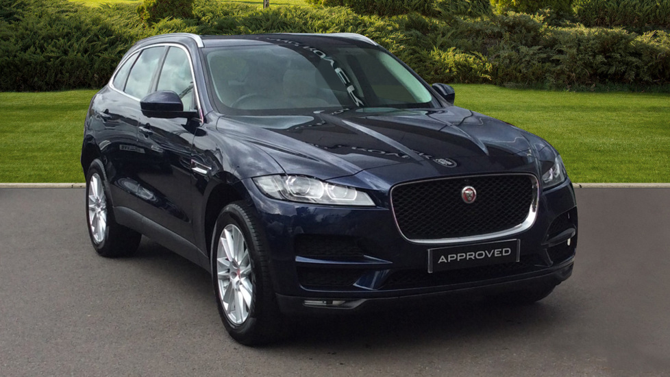 Jaguar F-PACE 2 0d Portfolio 5dr AWD Diesel Automatic Estate (2017) at  Jaguar Barnet