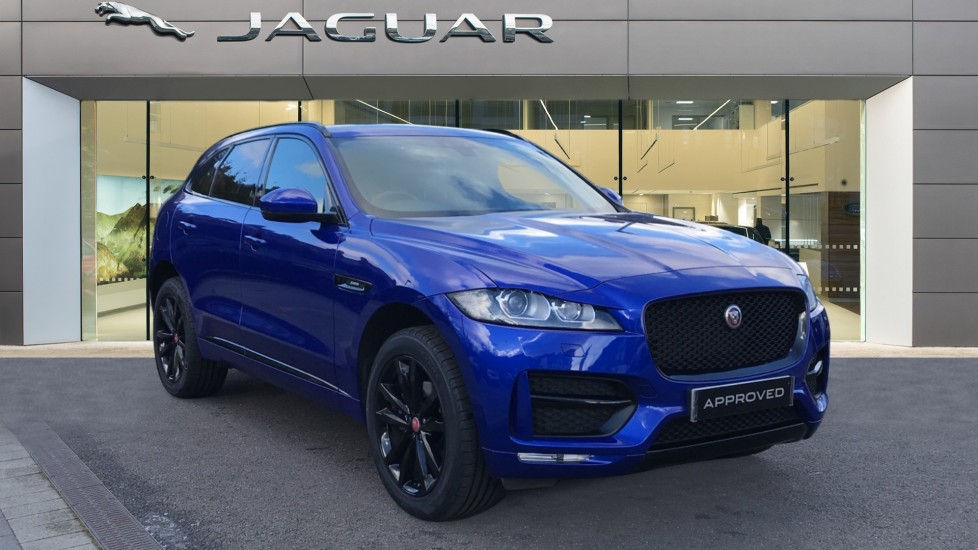 Jaguar F-PACE 2.0d R-Sport 5dr AWD Diesel Automatic Estate available from Jaguar Swindon thumbnail image