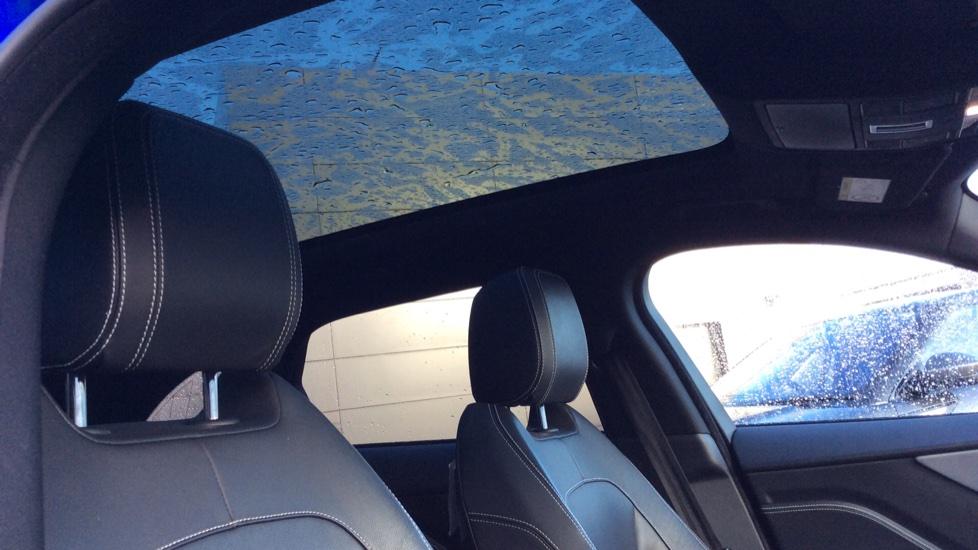 Jaguar F-PACE 2.0d R-Sport 5dr AWD image 14